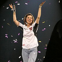 Shania Twain jeans cameltoe picture